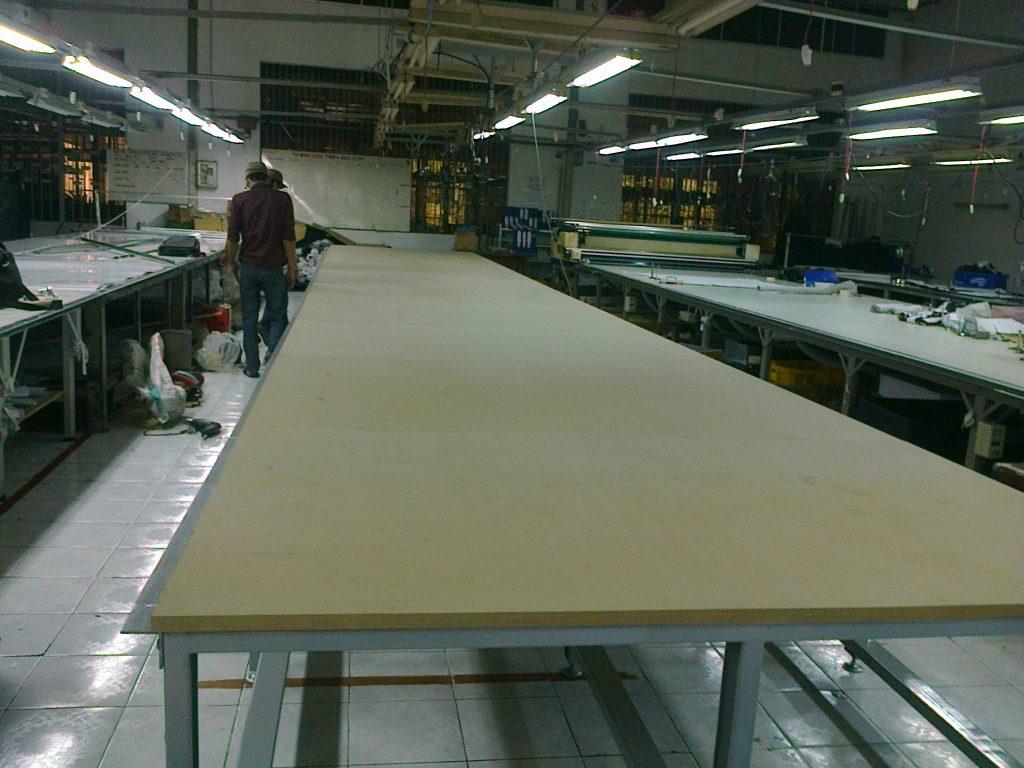 Lắp ráp bàn cắt vải tại KCN Tân Đức Long An