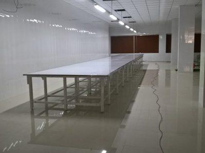 Các mẫu bàn cắt vải thông dụng 2019
