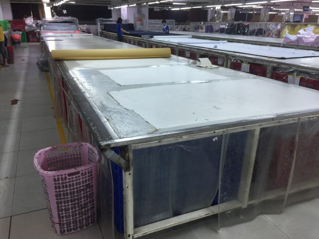 Mặt bàn cắt vải ván MDF phủ Milamine